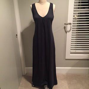 Navy blue maxi dress w/basket weave back